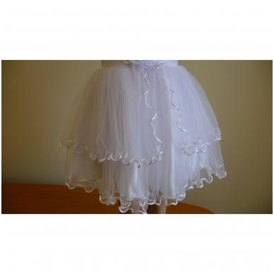 Prabangi balta šventinė suknelė 4
